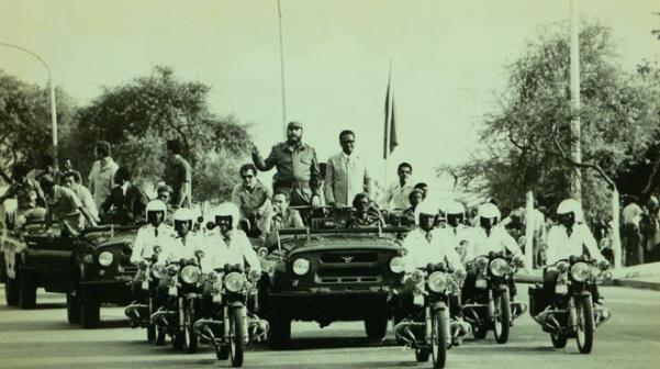 Castro in Angola with President Agostinho Neto